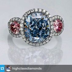 #Repost @highclassdiamonds ・・・ Blue and pink ring, ahh #thering #bluediamond #blue #bigcandy #charming #colorful #colorediamond #sweetblue #fancycolor #flawless #fancycolors #fashionjewelry #gold #guilty #top #vivid #vividblue #red #rare #rich #goldtime #oldstyle