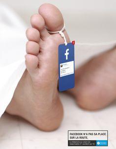 Jóvenes al volante+ redes sociales= muerte. Impactante campaña de tráfico