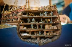 Miniatura representando un corte transversal del Svärdet Model Ship Building, Wooden Ship, Napoleonic Wars, Submarines, Model Ships, Tall Ships, Sailboat, Sailing Ships, Cool Stuff