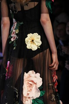 fashionfeude:Detail at Dolce & Gabbana Fall Winter 2016 | MFW