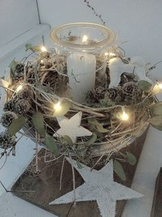 Beautiful lighting that every room is a Christmas story - Weihnachten - Decoration Natural Christmas, Noel Christmas, Christmas Candles, Christmas Centerpieces, A Christmas Story, Rustic Christmas, Xmas Decorations, All Things Christmas, Winter Christmas