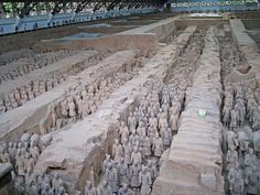 TRIPS AND DREAMS: ΠΗΛΙΝΟΣ ΣΤΡΑΤΟΣ-TERRACOTTA WARRIORS-CHINA