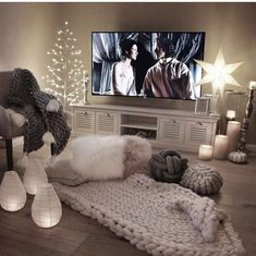 Sweet and Romantic Bedroom Ideas You Would Love To Have; Sweet and Romantic Bedroom Decoration; Sweet and Romantic Bedroom; Sweet and Romantic Bedroom Design;Sweet and Romantic Bedroom Decor; Living Room Decor Cozy, Modern Bedroom Decor, Small Room Bedroom, Girls Bedroom, Bedroom Ideas, Small Rooms, Gray Room Decor, Bedroom Romantic, Small Spaces