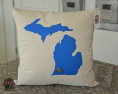 State Pillows - Accent Pillows - Throw Pillows - Michigan Pillows - USA pillows - Made in the USA - Home Pillows - Home Decor - Rustic Look