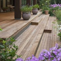 Ipe Deck Design, Pictures, Remodel, Decor and Ideas - page 2 Front deck details. Backyard Patio, Backyard Landscaping, Backyard Seating, Landscaping Design, Deck Stairs, Outdoor Stairs, House Stairs, Porch No Railing, Wooden Steps Outdoor