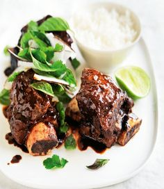 MiNDFOOD - Asian short ribs with coconut lime salad Asian Recipes, Beef Recipes, Cooking Recipes, Lime Salad Recipes, Asian Short Ribs, Rib Marinade, Asian Beef, Beef Ribs, Seasonal Food