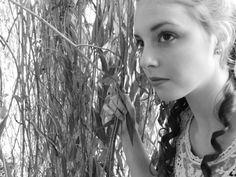 "Alice in Wonderland inspired photography, B&W, ""Meet Me in Wonderland"""