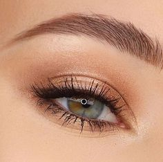 Simple and easy eyeshadow for your daily make-up 15 - # for . - Simple and easy eyeshadow for your daily make-up 15 Informations About Einfach und leicht Lidschatte - Skin Makeup, Eyeshadow Makeup, Easy Eyeshadow, Eyeshadow Guide, Fox Makeup, Witch Makeup, Eyeshadow Ideas, Brown Eyeshadow, Airbrush Makeup