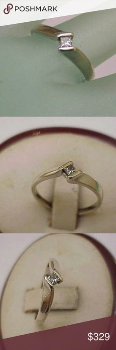 Estate 14k gold  .18ct diamond engagement ring Vintage 14k white gold. 18ct solitare princess cut diamond 3mm ,si in clarity and h in color.  Stamped 14k. Size 6 1/2. Weight 2.2gr. Jewelry Rings