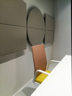 Arper Milano Salone del Mobile 2015 / Work Place 3.0 – Salone Ufficio --  Kinesit chair + Parentesit wall panels by lievore altherr molina