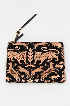 Lizzie Fortunato Front Row Clutch