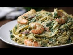 Amazing Shrimp Spinach Bacon Alfredo recipe. Great recipe made with ease. Video, ingredients and step by step instructions. Enjoy!
