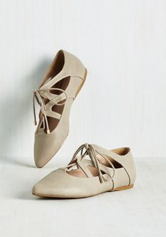 Casual flats in a 1920s beach shoe style. Plie It By Cheer Flat $34.99 AT vintagedancer.com