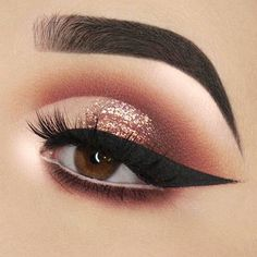 60 Ways of Applying Eyeshadow for Brown Eyes ★ Best Eyeshadows for Brown Eyes picture 2 ★ See more: http://glaminati.com/eyeshadow-for-brown-eyes/ #makeup #makeuplover #makeupjunkie