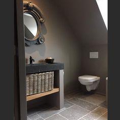 Dream bathroom.. Repost from: @soberenlandelijkwonenbyg #bathroom #badkamer #landelijkebadkamer #spa #stoerensober #landelijkestijl #landelijkwonen #betoncire #ossenoog #oeildeboeuf #sfeervolwonen #interior #interieur #woonblog #dewemelaer
