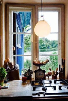 Buy the Pendant Moser from Louis Poulsen, on Made in Design - 48 to 72 hours delivery. White Pendant Light, Glass Pendant Light, Pendant Light Fixtures, Pendant Lamp, Scandinavia Design, Lighting Solutions, Frosted Glass, Designer, Interior Decorating
