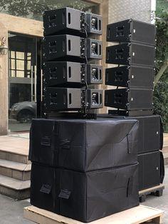 Jbl Subwoofer, Loudspeaker, P A System, Live Sound Engineer, Speaker Plans, Speaker Box Design, Pa Speakers, Sound Studio, Bluetooth
