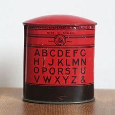 vintage tin money box £20.00