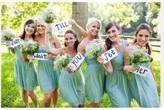 how sweet is this? and I love their Seafoam green bridesmaid dresses :)