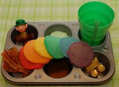 St. Patrick Day - what a clever idea.  I love the idea of feeding a toddler with a 6 muffin tin.  How fun!