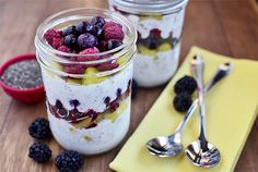 Make-Ahead Fruit & Yogurt Breakfast Parfaits are easy to assemble and…