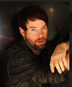 David Cook's Come Hither Look
