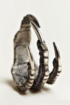 birds claw ring