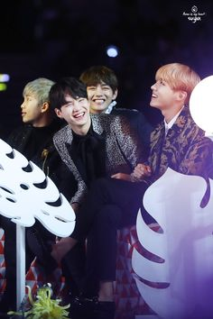 "foryoongi: """" 161119 melon music awards by flame suga。 thank you! ◇ please do not edit, and take out with credit。 "" """