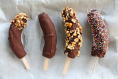 Chocolate covered frozen bananas... Genious #chocolate #banana #bachelorette