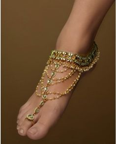 Kundan Anklets with Extended Toe Ring