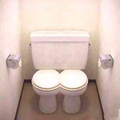 A toilet for twins Potty Training Humor, Cool Toilets, Plumbing Humor, Funny Memes, Hilarious, Joke Of The Day, Toilet Design, Bathroom Humor, Bathroom Stuff