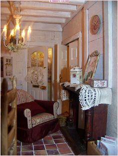 """Près de la cheminée de la cuisine de """"la vie en rose"""". Dollhouse Interiors, Dollhouses, Shabby Chic, Gallery Wall, Miniatures, Victorian, French, Living Room, Home Decor"""