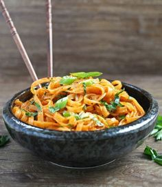 This coconut curry linguini is not your typical pasta. It's made with rice noodles and bursting with thai flavours of coconut, red curry, and lime!