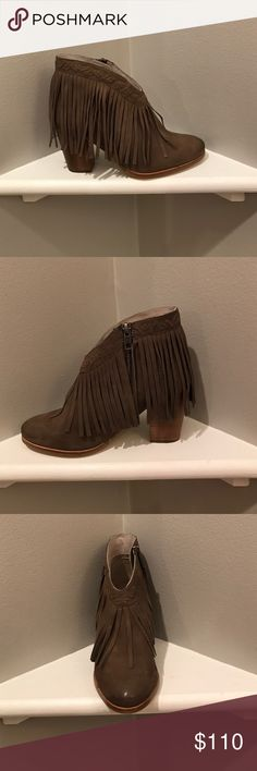 Seychelles World Tour bootie Taupe leather bootie with fringe detail around the Boot opening. Zipper. Dipped at the ankle elongates your leg! Seychelles Shoes Ankle Boots & Booties