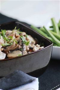 Weigh-Less Online - Creamy Pork And Mushrooms Healthy Meals, Healthy Recipes, Kos, Yum Yum, Stuffed Mushrooms, Weight Loss, Beef, Skinny, Chicken
