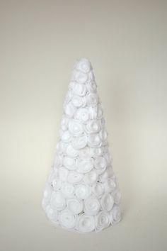 Felt Rose Christmas Tree by WhatsUrHomeStory on Etsy, $30.00
