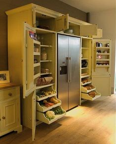 wut. pantry goals