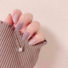 Want some ideas for wedding nail polish designs? This article is a collection of our favorite nail polish designs for your special day. Stylish Nails, Trendy Nails, Cute Nails, My Nails, Minimalist Nails, Nail Swag, Natural Color Nails, Natural Nail Art, Asian Nails