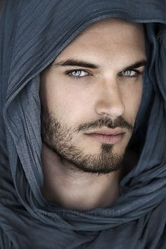 Gilles Chevalier - Sexy Guy with the Most Beautiful Eyes! ---- Hot Guys: This male model certainly has the most unbelievable eyes. He looks like he could be par Beautiful Eyes, Gorgeous Men, Amazing Eyes, Pretty Eyes, Hello Gorgeous, Pretty People, Beautiful People, Blue Eyed Men, Too Faced