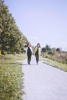 #photographie #soeur #portrait #vintage #couleur Dolores Park, Charlotte, Portrait, Couple Photos, Travel, Vintage, Photography, Color, Couple Shots