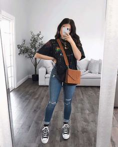 Teen Fashion Outfits, Edgy Outfits, Simple Outfits, Fashion Ideas, Women's Fashion, Cute Comfy Outfits, Cool Outfits, Cute Outfits With Flannels, Mode Instagram