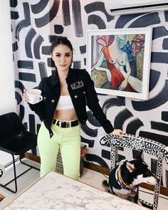 Heart Evangelista Style, Cafe Gold, Filipina Actress, Classic Style, Fangirl, Girl Fashion, Capri Pants, Actresses, Photo And Video