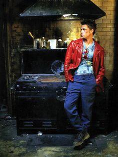 Brad Pitt as Tyler Durden in Fight Club Tyler Durden, Fight Club 1999, Fight Club Rules, Michael Kaplan, Brad Pitt Photos, Requiem For A Dream, David Fincher, Best Dressed Man, This Is Your Life