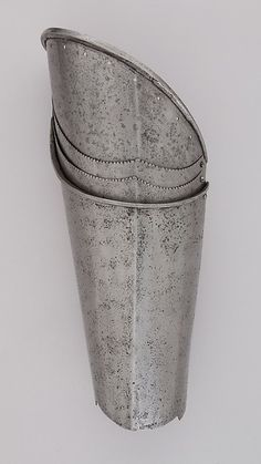 1450 Pair of Thigh Defenses (Cuisses) | Italian | The Met