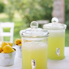 Amerikkalainen lemonade | Maku Lemonade, Jar, Drinks, Desserts, Food, Decor, Drinking, Tailgate Desserts, Beverages