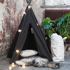 Granit: Dagens lucka: svart tipi tält ⠀ 599 kr⠀ ---⠀ Offer of the day: teepee tent in black ⠀ € Bamboo Furniture, Outdoor Furniture, Outdoor Decor, Interior Blogs, Teepee Tent, Play Tents, Kidsroom, Outdoor Life, Hanging Chair