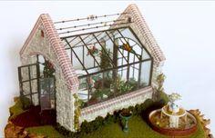 Lady Jane Terrarium - English Greenhouse