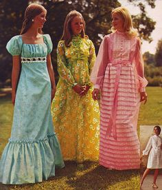 Wards 72 ss 3 dresses by jsbuttons 60s And 70s Fashion, Seventies Fashion, Retro Fashion, Vintage Fashion, 1960s Fashion Hippie, Vintage Prom, Vintage Dresses, Vintage Outfits, 1970 Style