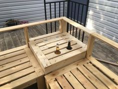 Examine this significant pic and look at the offered facts and techniques on patio furniture design Pallet Patio Furniture, Outside Furniture, Garden Furniture, Antique Furniture, Homemade Outdoor Furniture, Pallet Benches, Outdoor Furniture Plans, Pallet Tables, Pallet Bar