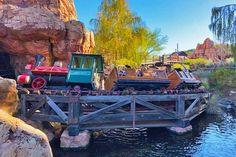 Top things we're looking forward to when Disneyland reopens. #disneyland Disney California Adventure Park, Disneyland California, Disneyland Resort, Disney World Resorts, Walt Disney World, Sleeping Beauty Castle, Looking Forward, Haunted Mansion